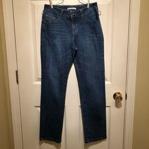 Lee Jeans Pefect Fit size 8 jeans Just Below Waist